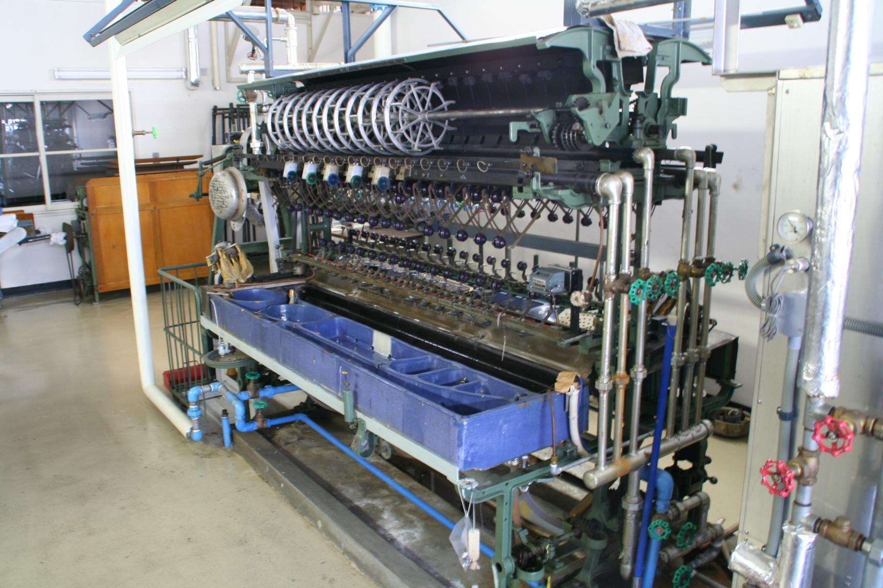 旧蚕糸試験場所蔵機械類