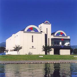 諏訪市原田泰治美術館