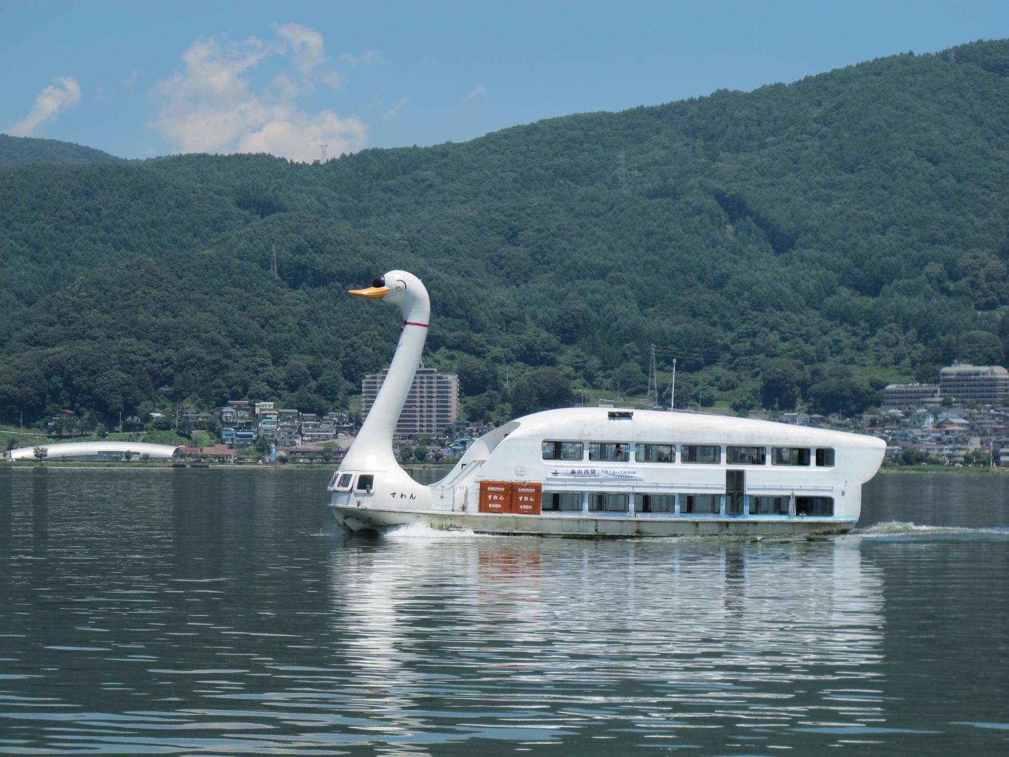 諏訪湖遊覧船