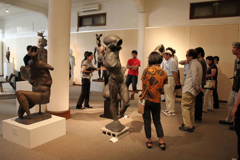 諏訪市美術館