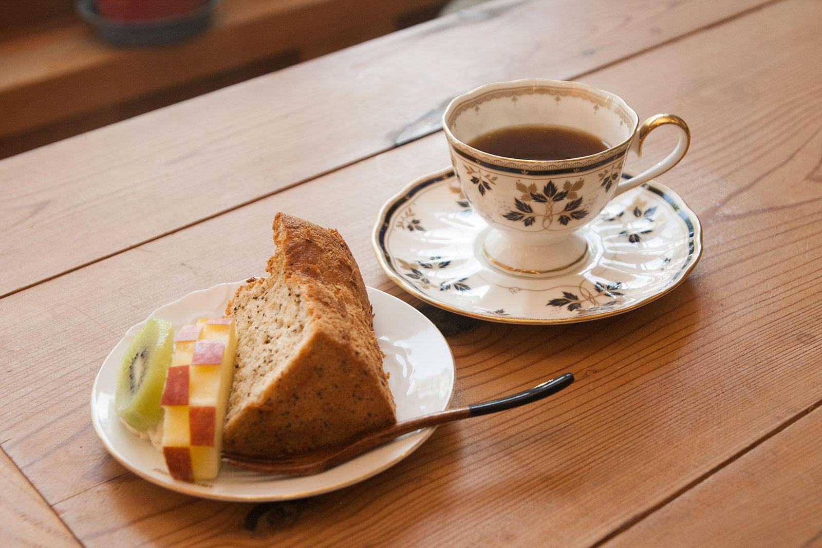 万治野 十間堂茶屋(じゅっけんどうちゃや)
