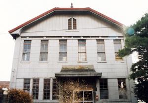 旧山上宮坂製糸所事務所・工場棟・再繰工場棟・居宅